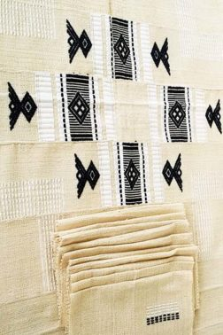 Nappe ethnique en toile de coton tissé main