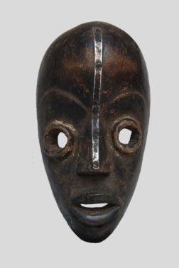 Masque de course Dan Yacouba bois et aluminium - Libéria
