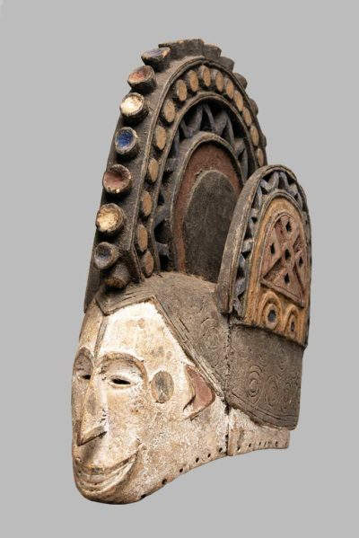 Masque-heaume Agbogho Igbo Nigeria