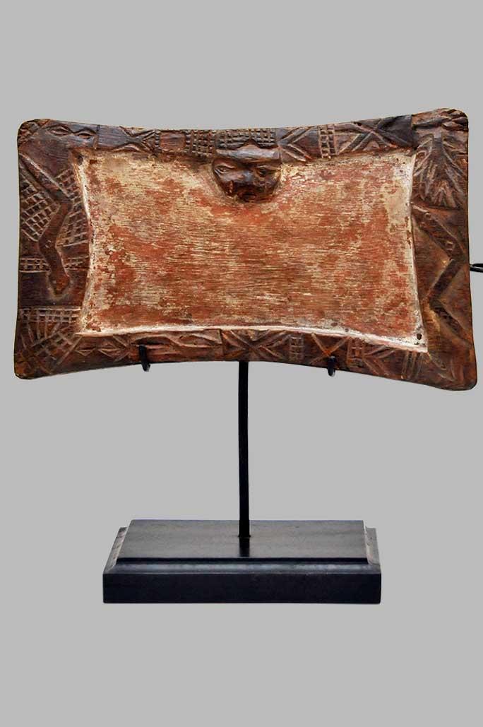 Plateau de divination Ifa Yoruba en bois. Nigéria